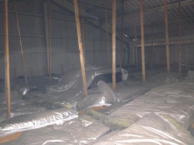 漏電調査・復旧工事 施工事例 名古屋市昭和区 調査中