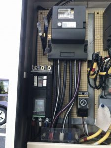愛知県小牧市にて電子ブレーカー取換工事を行いました。