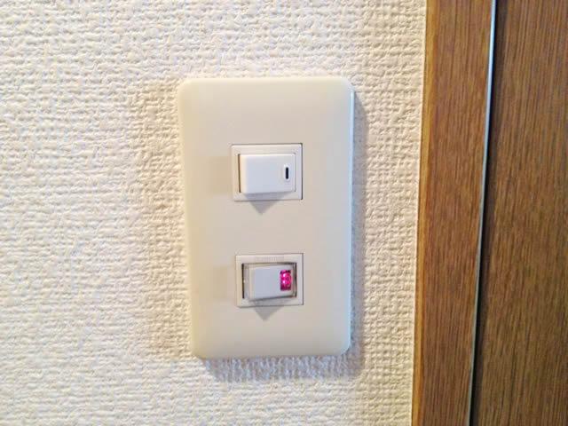 小牧市にてスイッチ交換電気工事(Panasonic製)