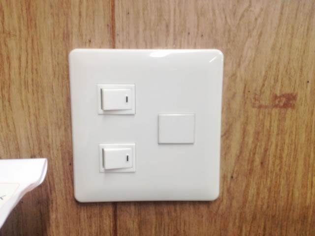 名古屋市中村区にてスイッチ交換の電気工事を行いました!